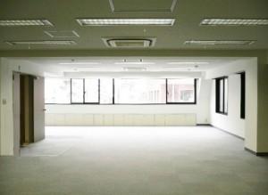 新宿御苑前,現在進行形で使いやすさを求めた正当派オフィス【賃貸/オフィス】