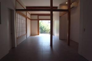 新代田,人気建築家による戸建てリノベーション(1階部分お庭のようなテラス付き)【賃貸】