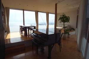 葉山,海と山の絶景とともに過ごす贅沢なライフスタイル【賃貸/SOHO/楽器】