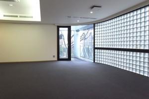原宿,100㎡超。大人のためのラグジュアリーデザインなSOHOオフィス【賃貸/SOHO可/オフィス可】