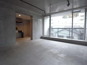 赤坂,スタイリッシュなコンクリートのデザイン空間【賃貸/SOHO可/ペット可】