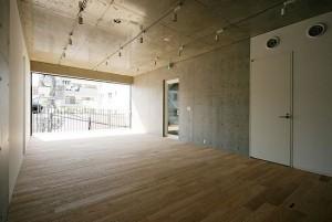 田町,外向きで開放感のあるスタイリッシュなデザインオフィス【賃貸/SOHO可/オフィス可】