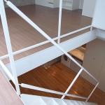 1階から地階を望む(内装)