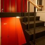 アパートメントクロ共用階段