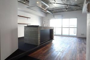 神楽坂,リノベーションビル09thFloorオープンキッチンのあるラギッドルーム【賃貸/SOHO可/オフィス可】