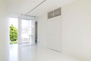 自由ヶ丘,美しく白いワンルームのデザイン空間【賃貸】