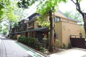 世田谷,リゾートホテルのような森の中の異空間【賃貸/SOHO】