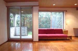 駒沢大学,豊かな環境の中、名建築と過ごす至福のひととき(専用庭付き)【賃貸/SOHO可/オフィス可/ペット可】※お申込み中になります