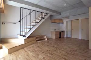 経堂,広い専用庭を楽しむナチュラルでスタイリッシュな1SLDKデザイン空間【賃貸】